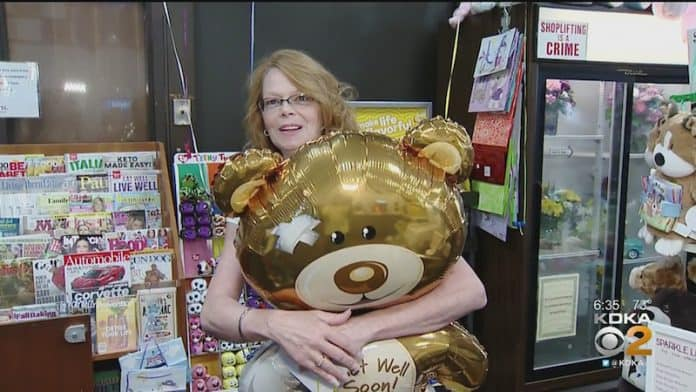 "Sandy Anderson, ""The Balloon Lady"" at Allegheny Health Network's Jefferson Hospital"