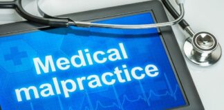 2 Ways To Prevent Medical Malpractice Lawsuits