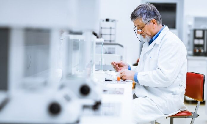 What To Consider When Creating a Laboratory Budget